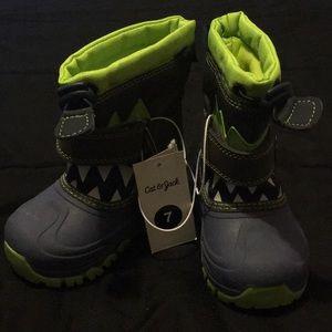 Boys cat & jack shoes size 7 brand new .